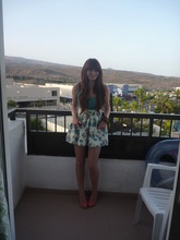 Jade Perry - Primark Puffy Floral Skirt, New Look Bangles - The little things that make life great,,