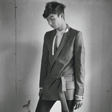 Federico De Santis - Dior Homme Kimono Blazer, Dior Homme Bow Shirt, Dior Homme Clawmark Jeans Dark Grey, Dior Homme Loves Me,Loves Me Not Bangles Black/Transparent - With the fioccaus in the unsettled house