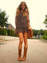 Frida Johnson - Gina Tricot Dress, Scorett Boots, Indiska Bag - Fyndigt.devote.se