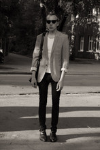 Merkuzio Rodriguez - Drykorn Blazer, Bree Leather Bag, Cheap Monday Denim Jeans, Lloyd Shoes - How can you mend a broken heart ?
