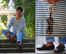 Alberto Monfil - Scotch & Soda White Blue Stripped Tee, Levi's® Jeans, Gant Loafers, Ray Ban Vagabong Glasses - Fingertips