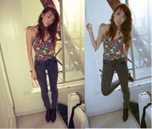 Zoë Harvey - Zozocouture Floral Print Corset Top, Forever 21 Stone Washed Grey Jeans, Rpg Boot - Casca