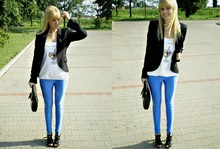 Paulina Anna - H&M Leggins, Motivi Shirt, Hugo Boss Black Jacket - Go shopping!
