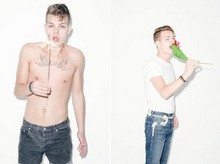 Jim Karlsson - Levi's® Basic Tee, Levi's® Levis Blue Star, Whyszeck Shorts - Party is Party, nothing more, nothing less