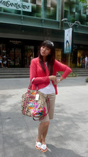 Lady lisa A - Zara Cardigan, Zara Whit T Shirt, Coach Limited Edition Poppy Bag, Guess? White Watch - Poppy girl ;P