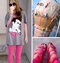 H. Sweet - Comune Morrissey T, Shocking Pink Leggins, Pink Jelly Sandals - Everyday Is Like Sundae
