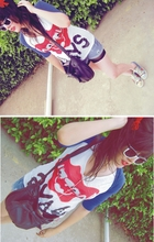 Liu Melendez - Naf Bow Bow Bag, Wayfarer Two Colors, Bow, Red Lips, Bershka Happy Days, Bershka Blue Cardigan, Converse Graffiti Shoes - I'm hot, i got a pretty sunglasses, bow & red lips