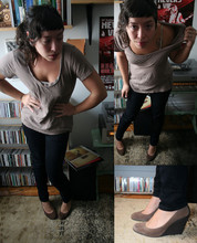 Lisa Z - Forever 21 Scoop Neck T., Thrifted Black Skinny Jeans., Michael Kors Suede Wedges. - Radiohead on 9/11