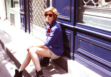 Amélie B. - Ray Ban Sunglasses, Vintage Chain Boots, H&M Grey Shorts, Red Bow, Vintage Blue Preppy Shirt - Controlling Crowds