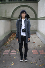 Bryce Na - Canon 40d, Cheap Monday Black Od Jeans, Converse Chucks, Topman Beanie, Number (N)Ine Frames, Kzo Ceres Coat, Yoko Devereaux Long Cardigan, Muji V Neck Tee, Raf Simons Backpack - FLWFTW