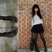 Trang Huyen - Vintage Laced Boots, Red Leather Belt, Tulip Skirt, Leggs Sheer Stockings, Kl Handbag - I heart shoes.