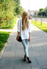 Nat G - Vintage Shirt, Allegro Bag, H&M Shoes, House Jeans - New day.