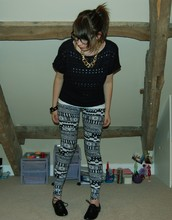 Jessica Searle - Primark Black Brogues, Nerd Glasses, Primark Chain Necklace, Primark Chunky Knit Navy Sweater, Topshop White Vest Top, Urban Outfitters Shiny Black Studded Bangle, Urban Outfitters Aztec Print Leggings - You're clouding up my mind