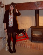 Jessica Searle - Primark Black Brogues, Primark Black Oversized Cardigan, Primark Chain Necklace, Charity Shop Floral And Dogtooth Print Tee, Urban Outfitters Shiny Studded Bangle, Topshop Black High Waisted Ribbed Bodycon Skirt, Black Tights - Deep breaths, clenched fists