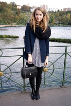 Cailin Klohk - H&M Scarf, Vintage Blazer, Vintage Dress, Topshop Flats, Vintage Bag - One life with one dream or a beat.
