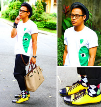 Dennis Robles - Comme Des Garçons Play Shirt, Zara Black Harem Pants, H&M Argyle Socks, Swear London Yellow Sneakers, Hermës Birkin 40cm Birkin Gris - When love takes over