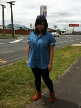 Jess Molina - Polo Oversized, Thrifted Black Leggings, Fringe Boots, Vintage Sunnies - Is there somebody who still believes in love?