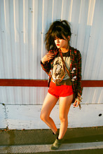 Olivia Lopez - Spanish Moss Vintage Holden Plaid Blazer, Blondie Tee, Highwaisted Shorts - Where the Wild Things Aren't
