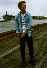 Andreas Wijk -  - Kate & Jack & Sawyer & Locke.