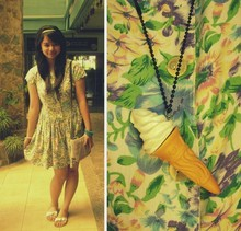 Alex E. - Vintage Floral Dress, Ice Cream Necklace - Even the sun is jealous of the way you shine