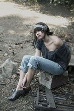 Stephanie Boyer - H&M Boyfriend Jeans, Urban Outfitters Crop Top, Charles Albert Pewter Vintage Shoes - Coming Up Roses