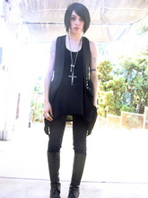 Pixie Love - Black Velvet Vest, Huge Silver Rosary, Silence &Noise Long Oversized Black Tunic, Marc By Jacobs Black Knee High Lace Ups - Blank eyed, nose bleed
