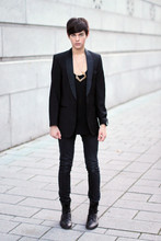 Damien Verhagen - Homemade Necklace, Vintage Blazer, Cheap Monday Skinny Pants, Zara Tank Top, Zara Boots - The Black Maze