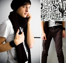 Frederick M. - H&M Shirt, Wooly Scarf, Wooly Beanie, Skinny Pants, Black Leather Belt - Haze.