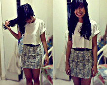 Paola Alexandra - Diy Cropped Top, Belt, Sister's Cabinet Floral Skirt - Do the hula!