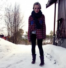 Kine emelie V - Hennes & Mauritz Scarf, Diy Shirt, Diy Shorts, Kappahl Leggings, Roots Boots - Only because you said you loved me