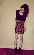Rose A - Floral Skirt, Black Top, Dorothy Perkins Black Boots, Topshop Mushroom Necklace - Never Had No One Ever.