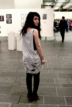 Ronja P. - Bik Bok Ripped Up T Shirt, Dr. Martens Doc - Iamundernodisguise