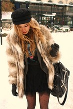 Frida Johnson - H&M Fur - OUTSIDE BERNS