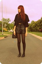Wends Ma - Amy Kheane Cropped Blouse, Lover Leather Shorts, Yves Saint Laurent Vintage Ysl Bag - Headlong into night
