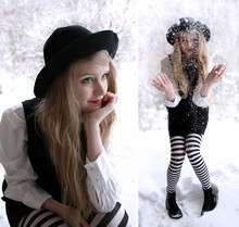 Denise - - My Mum's Old Hat, Striped Tights, H&M Black Boots - Snowflakes