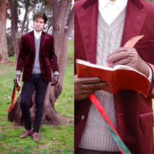 Alberto Monfil - Pedro Del Hierro Dark Red Velvet Jacket, Calvin Klein White Shirt, El Caballo Grey Wool Pullover, Leather Gloves, Camden Town Leather Notebook - I won't be your father figure
