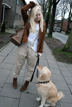 Maike L. - Zara Pants - The two blondes