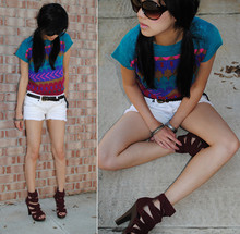 Trang Huyen - Vintage Knitted, Woven Belt, Free People Fringe Shorts, Metal Gear, Jc Strappys, Sunnies - <<  summer is that way!