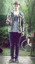 Jan S. - H&M Army Jacket, H&M Jeans, Zara Shoes, Diesel Clock, Ray Ban Glasses - Mind's eye