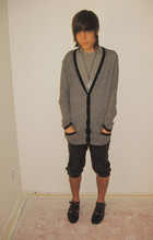 Cruz V. - 21 Men Cardigan, Vintage Leather Knickers, Stacey Adams Shoes - HITCHHIKE