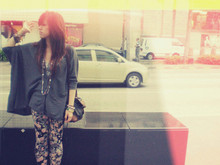 Jasmine Leong - Topshop Bat Wings Cardigan, Topshop Floral Leggings, Esprit Vintage Bag - Hobo In The City.