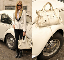 Chiara Ferragni - Balenciaga Work White, H&M Jacket - Matching the colours of the car