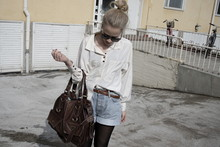 Iina K - Vintage Shirt, H&M Loose Denim Shorts - Never say never