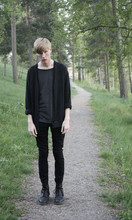 Fredrik Berg - Wesc Cardigan, H&M T Shirt, Weekday Jeans, Dr. Martens Boots - 4