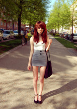 Shelley Mulshine - H&M Top, Made It Myself Skirt, Din Sko Shoes - Promenix