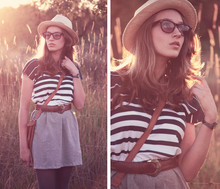 Genie Miller - Panama, Houkie Poukie Dress, Leather Hand Bag, Houkie Poukie Wayfarer - Dylan's panama hat