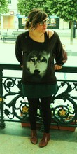 Tess Okapi - H&M Wolf Shirt, Second Hand Shop London Green Skirt, Topshop Shoes - Canis lupus