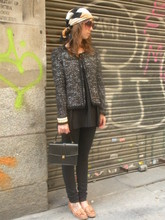 Cristina Cela - Mango Glasses, Vintage Purse, Zara Cardigan, Vintage Top, H&M Jeans, Zara Shoes - BLACK IS BLACK !!