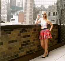 Caroline M. - H&M Bandeau Top - Looking out for new york