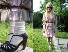 Maria B - Din Sko Shoes, Gina Tricot Dress, Second Hand Belt, Home Made Cardigan - Från och med du